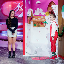 Addison Rae is making an appearance on Nickelodeon TONIGHT (November 19) in the holiday series Top E