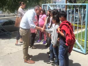 Leadership L.A. Fellows Help Future Leaders