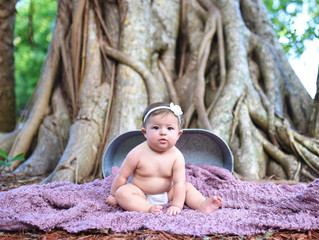 Thea's 6 Month Session