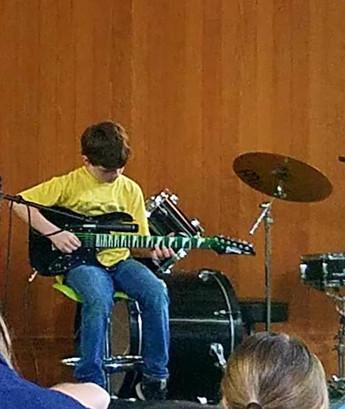 Brendan_Guitar.jpg