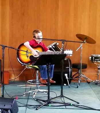 Paddy_Guitar.jpg