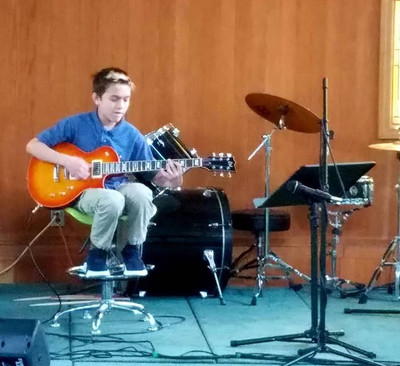 Finn_Guitar.jpg