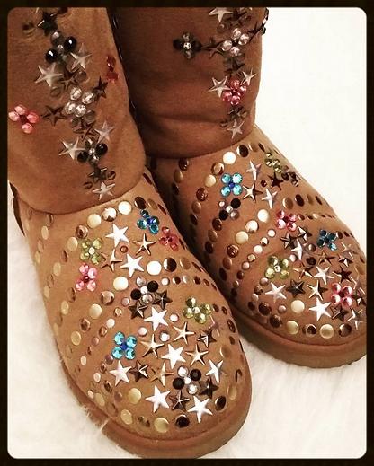 185b329b205ab2 Alors lorsque l'adorable Farah m'a proposé de venir choisir une paire de chaussures  et de les customiser grâce à un large choix de matériel, ...