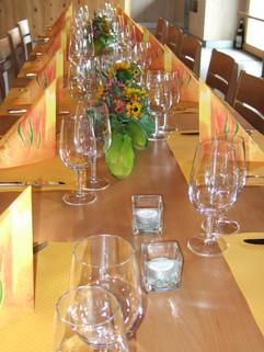 Tischdekoration Sommer gelb