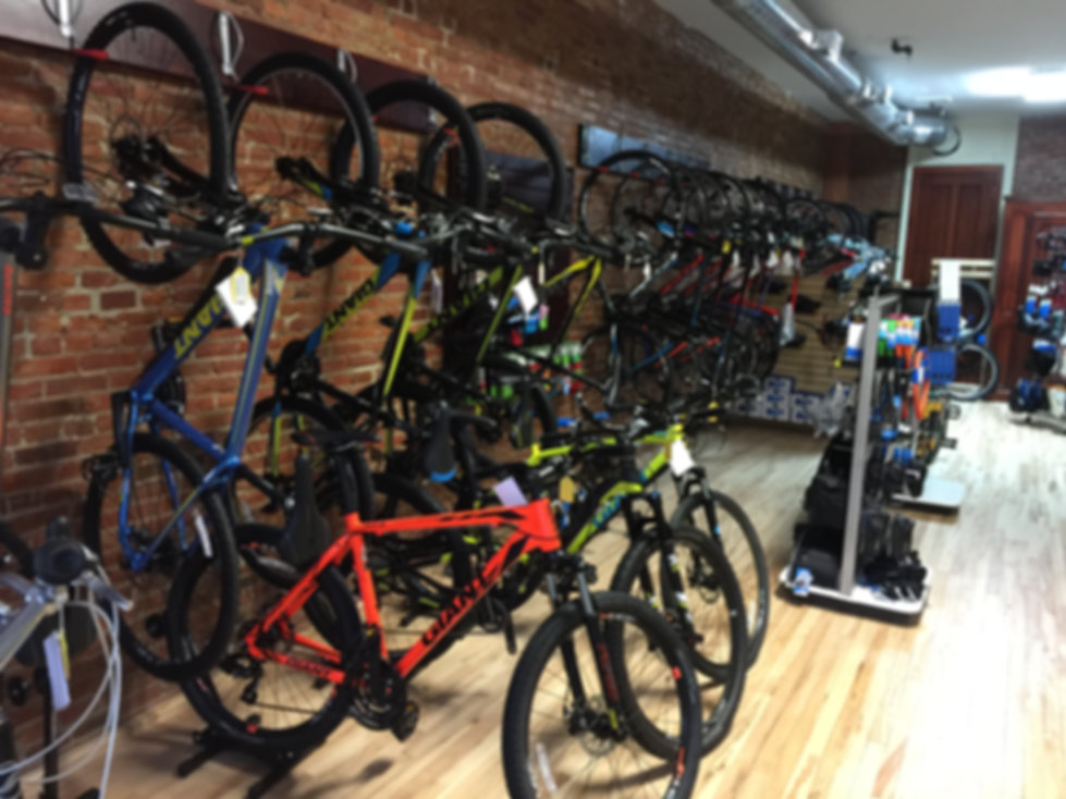 lb lightning cyclery bike shop in auburn ny