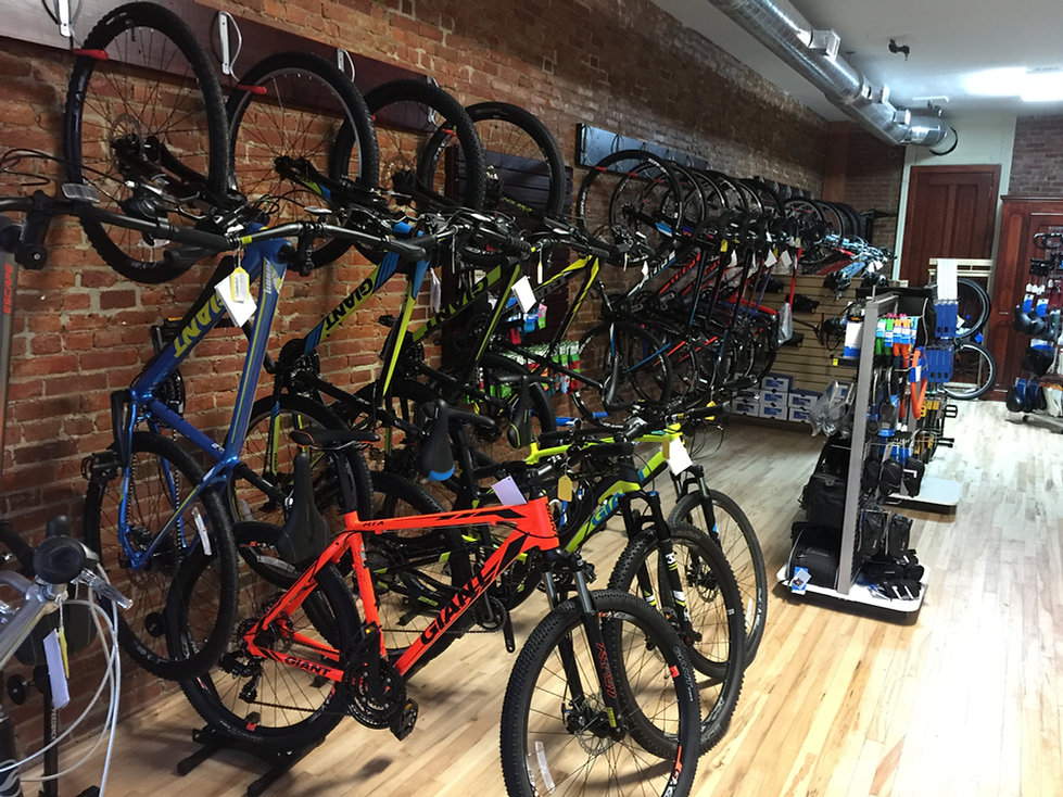 lb lightning cyclery bike shop in auburn ny