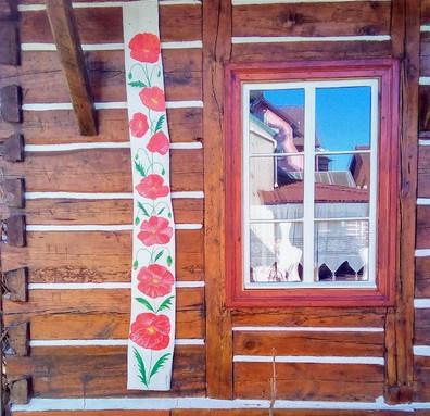Andrzejówka - drewniana ściana i łączenia belek