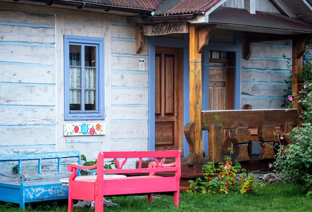 Rudnik duży drewniany dom