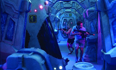 norwegian-bliss-laser-tag-players-1024x5