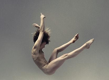 virginie-brunelle-les-corps-avales-3.jpg