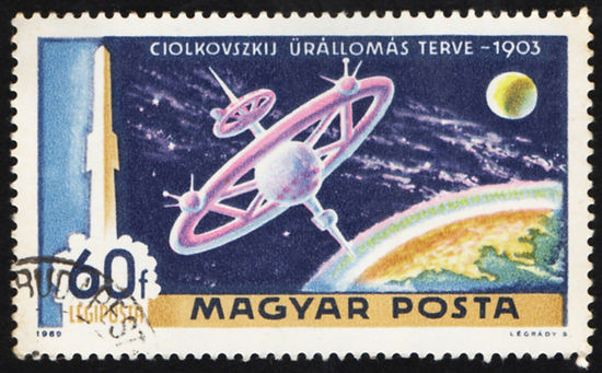 Hungary-1969-Tsiolkovsky-Space-Station.j