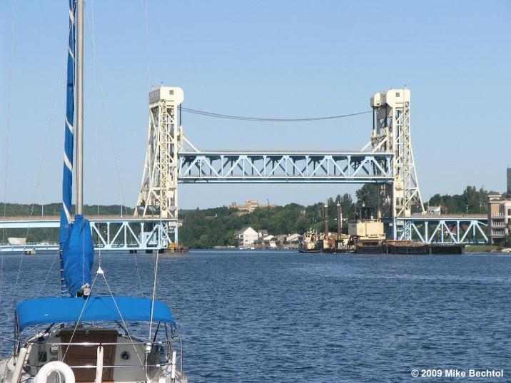 Houghton - Lift Bridge