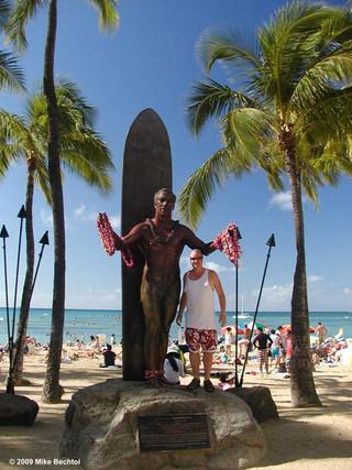 Duke Kahanamoku Statue at Waikiki Beach