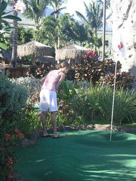 Miniature Golf at Maui Golf and Sports Park