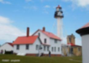 whitefish-bay-lighthouse-1952859_1280.jp
