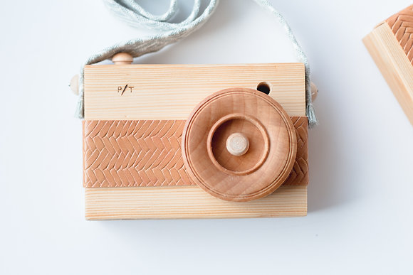 Montessori Wooden Toy Camera