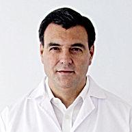 Dr. Andrés Echazarreta