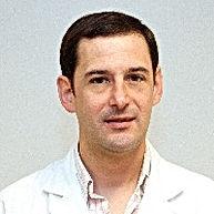 Dr. Santiago Sequeiros editado.jpg