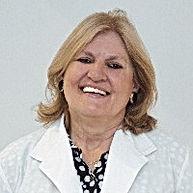 Dra. Patricia Vivas editado.jpg