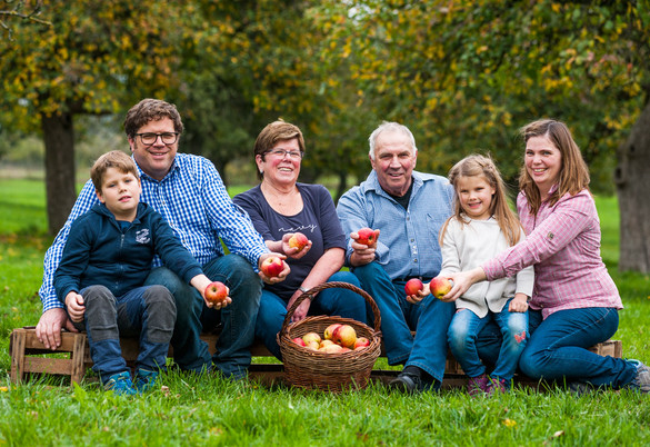 Schon Hartmuth Pfeiffers Urgroßvater also hat die Apfelbäume auf den Hof gebracht.