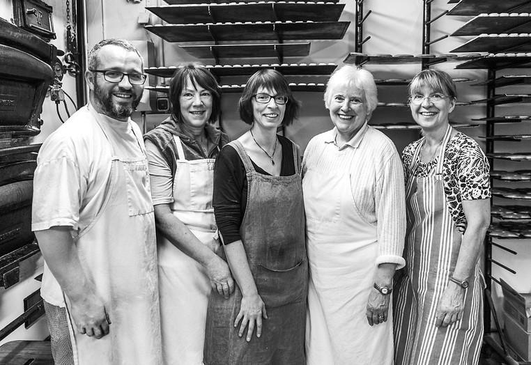 In Handarbeit und nach alter Familientradition werden in der Backstube der Baumanns in Beerfurth seit über 200 Jahren Lebkuchen gebacken.