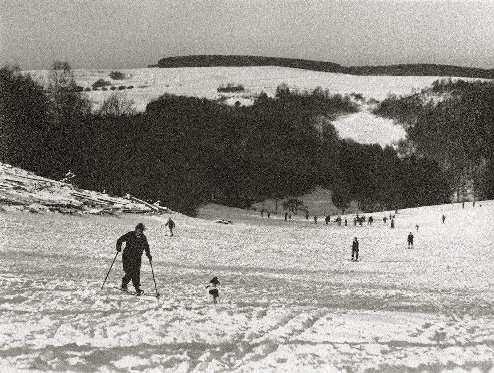 Auf der Skipiste in Siedelsbrunn, Ende der 30er Jahre.