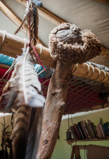 In der selbsterrichteten Jurtenhütte von Marc Freukes