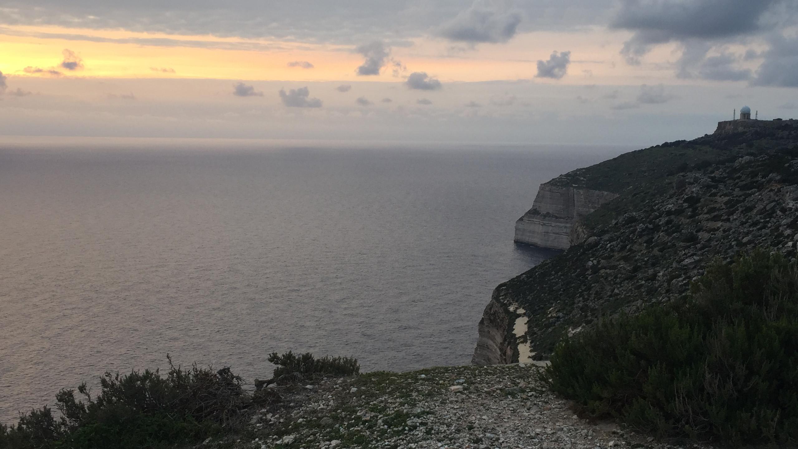 Malta - Pôr do sol no Dingli Cliffs