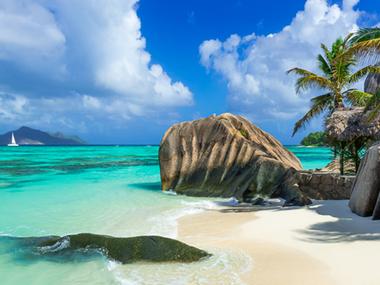 Três destinos internacionais com paisagens de tirar o fôlego para viagem a dois