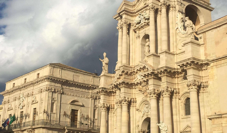 iPiazza Duomo e a Catedral - Ortigia