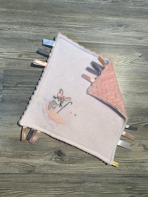 Doudou carré blanc et rose lapin