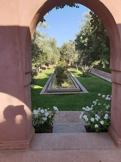 location villa maroc AVEC CUISINIÈRE bookingmarrakech golf piscine rent vila marrakech swimming pool golf