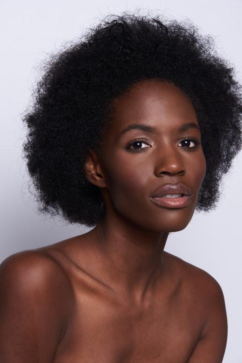 Natural Makeup Artist Florida . Laura Reynolds Artistry Studio