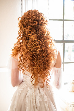 Natural Curly Hair Bridal Stylist