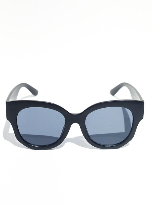 Black Oversized Moodie Glasses-Mulberry and Grand Brand