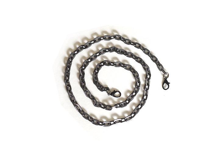 Silver metallic chain