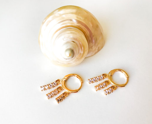 White Reef Earrings