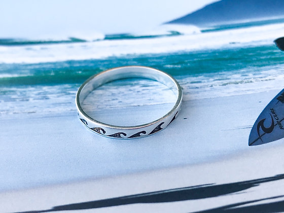 Love Waves Rings