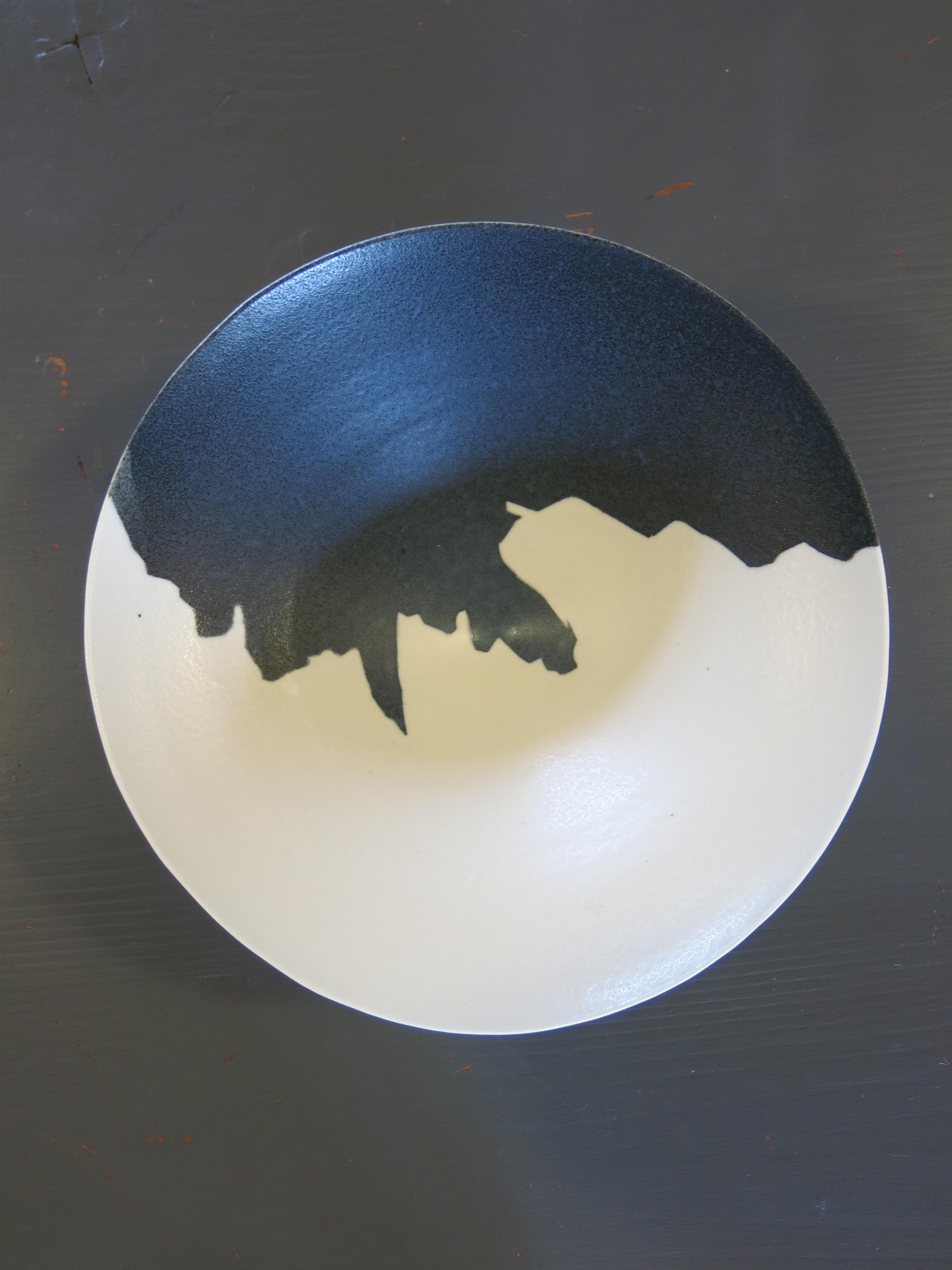 Cliff bowl