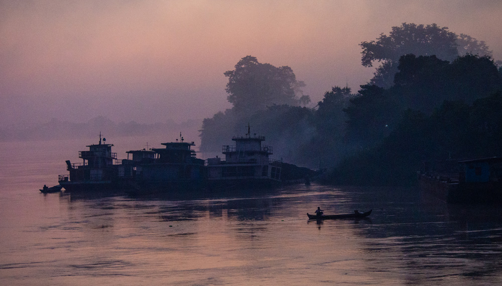 Myanmar, Sunrise on the Irrawaddy River