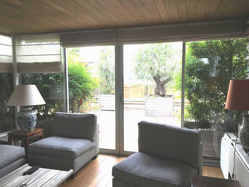 Porte-fenêtre coulissante 2 vantaux