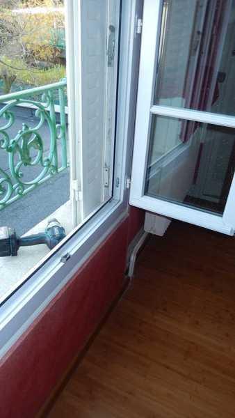 Fenêtre PVC 2 vantaux ouverte