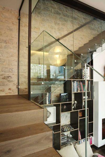 Garde-corps d'escalier en verre