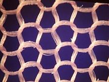 Những ảnh hưởng và hệ lụy của việc sử dụng vật liệu từ nylon đối với sức khỏe con người.