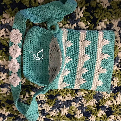 Scallop Crochet Bag