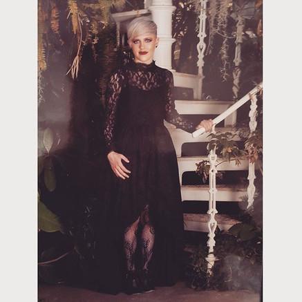 ✖️Chloe looking fabulous in her black la