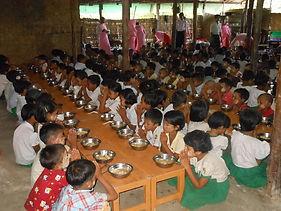 Kindergarten lunch.jpg