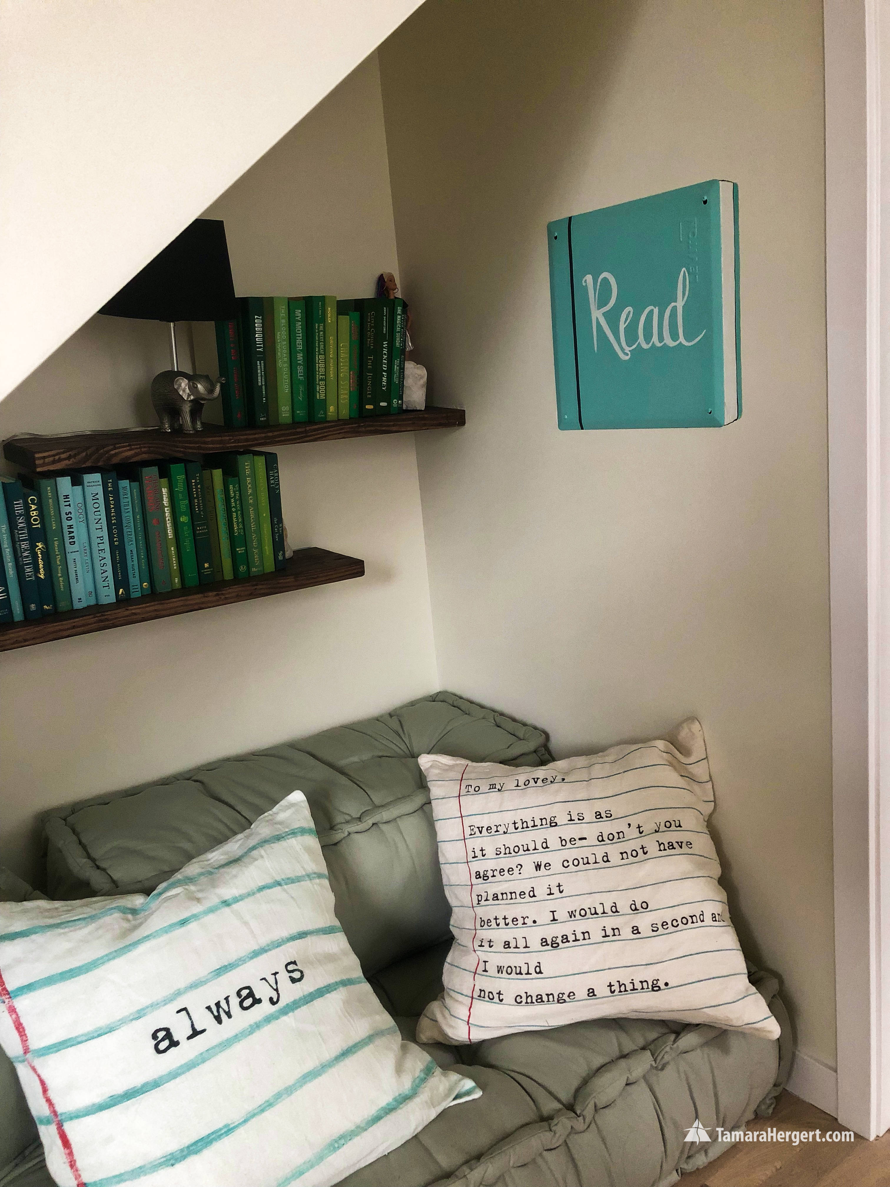 Faux frame and Book murals5