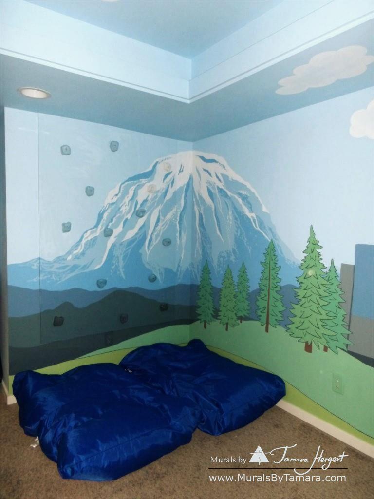Mount Rainier - mural by Tamara Hergert