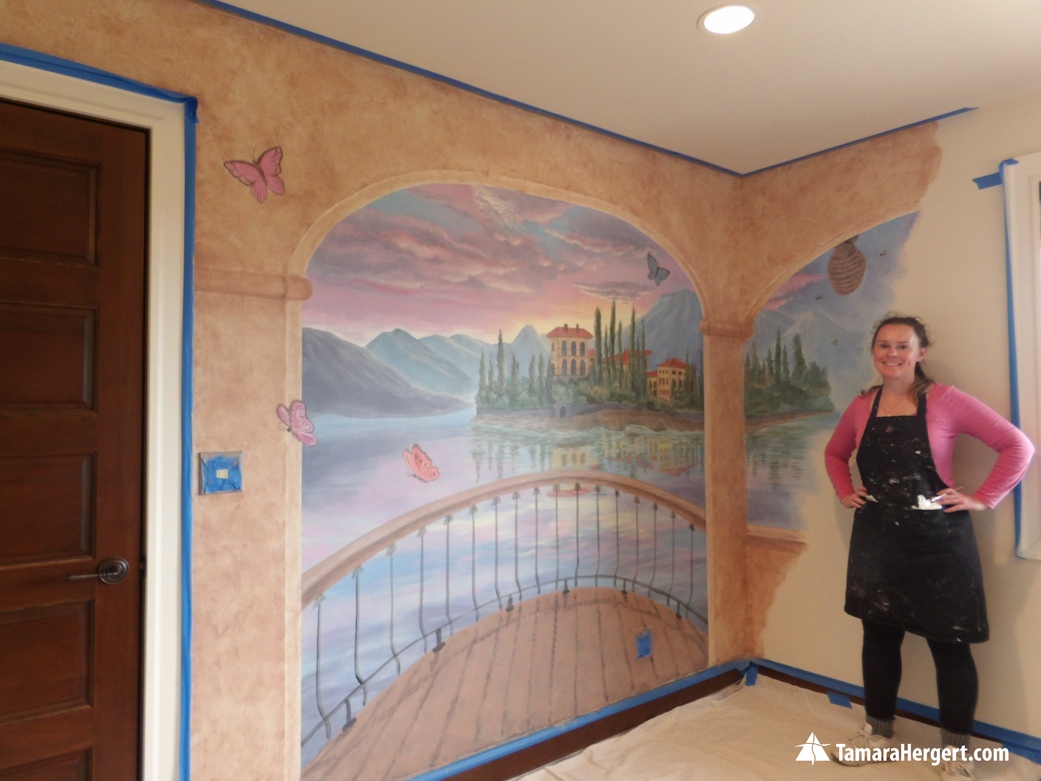 Italian villa mural by Tamara Hergert 1.